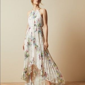 Ted Baker Threlin Floral Print Pleated dre…